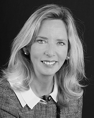 Julie Waldberg - French tax lawyer, Office tax lawyer in Paris, France